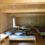 roica- cabana  camera cu 6 paturi